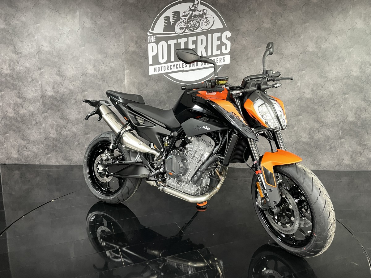 KTM 2021 890 Duke 2021