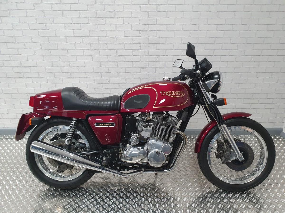 Buy Online Triumph Legend T160