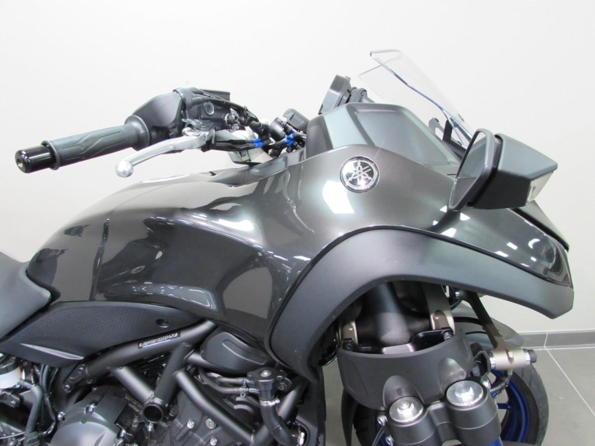 Yamaha NIKEN 2020