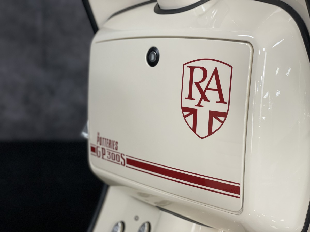 Royal Alloy GP300 Scooter  **Potteries Custom Special** 2021