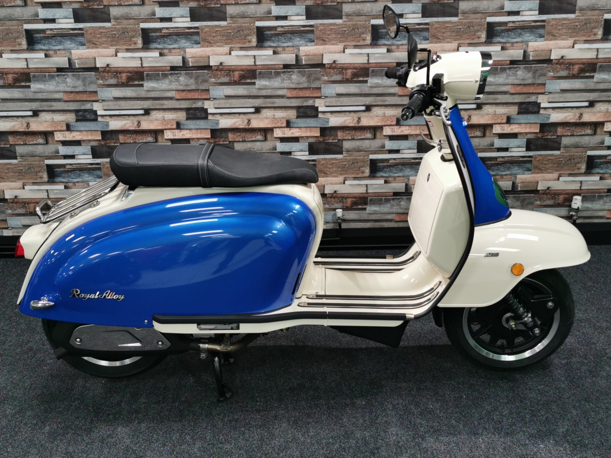 Buy Online Royal Alloy TG 125cc S LC ABS