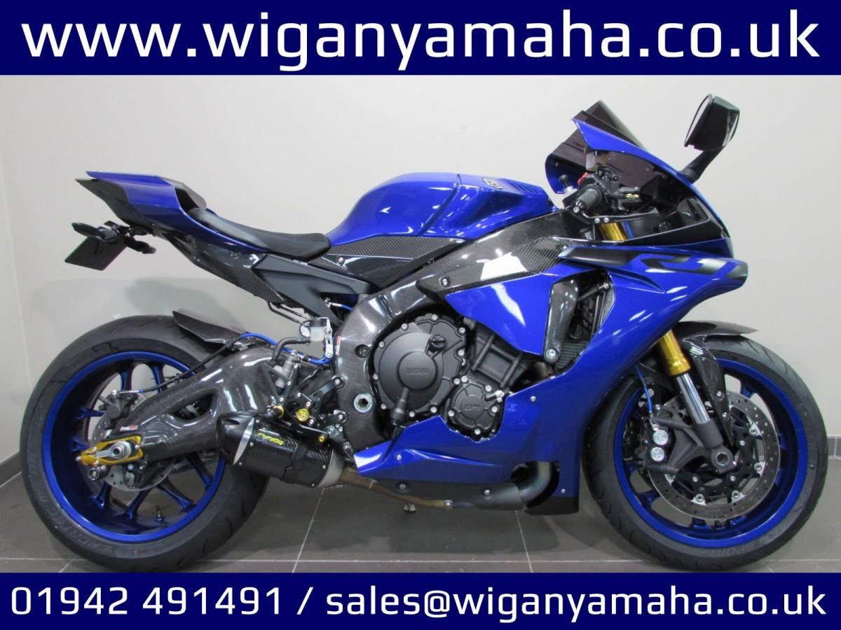Buy Online Yamaha R1