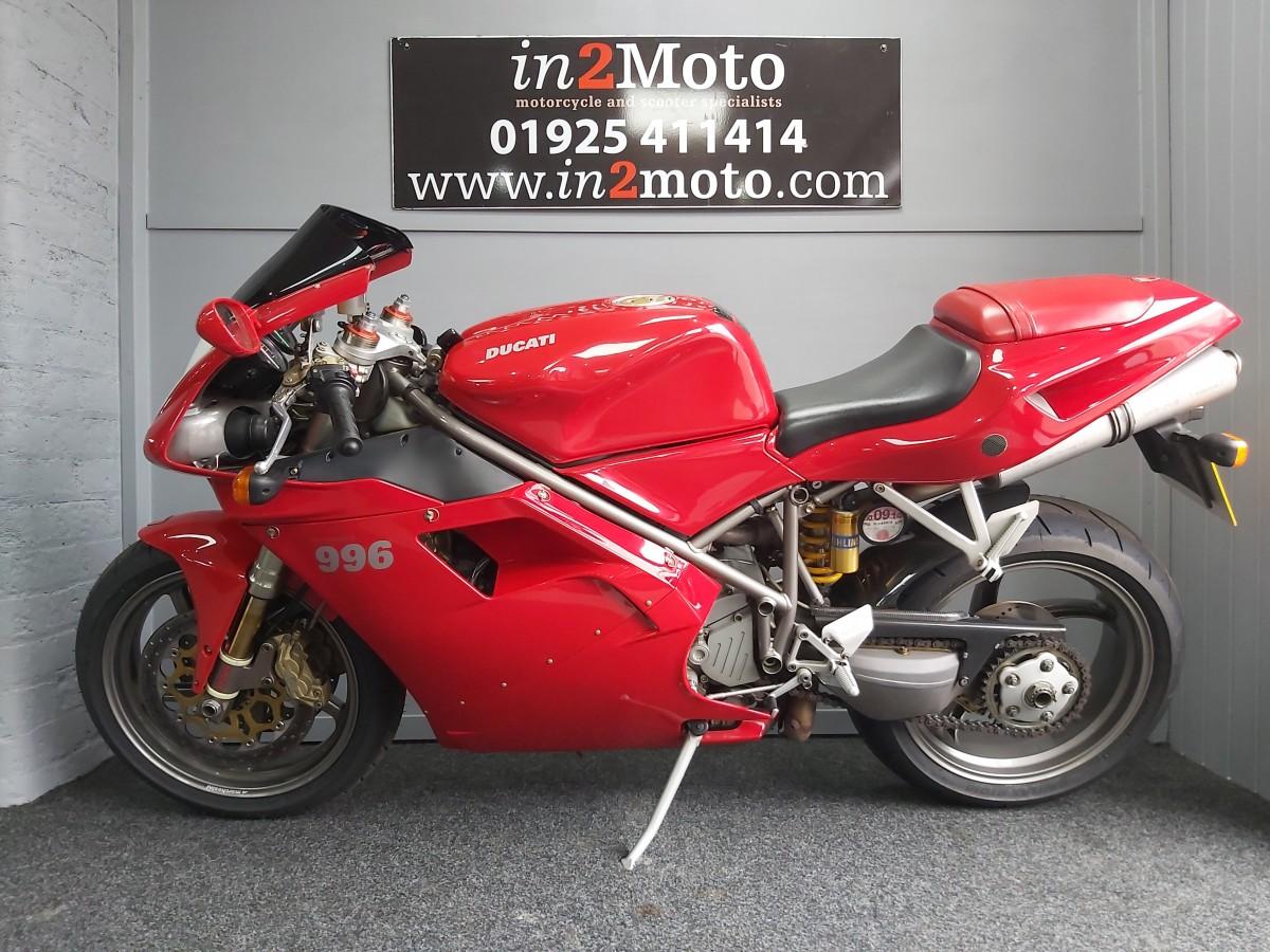 Ducati 996S 2002