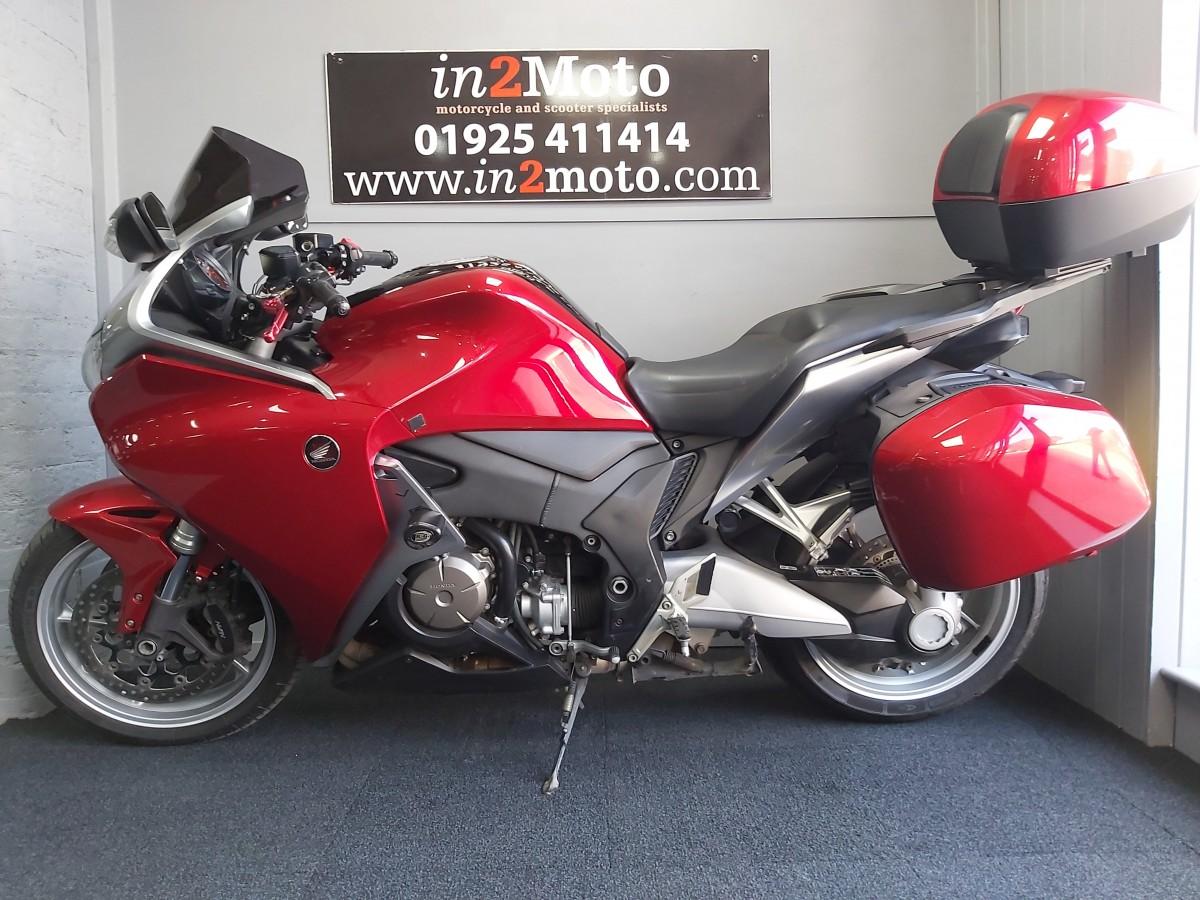 HONDA VFR1200 F-A 2011