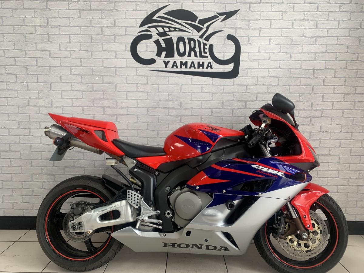 Buy Online HONDA CBR1000 RR- FIREBLADE