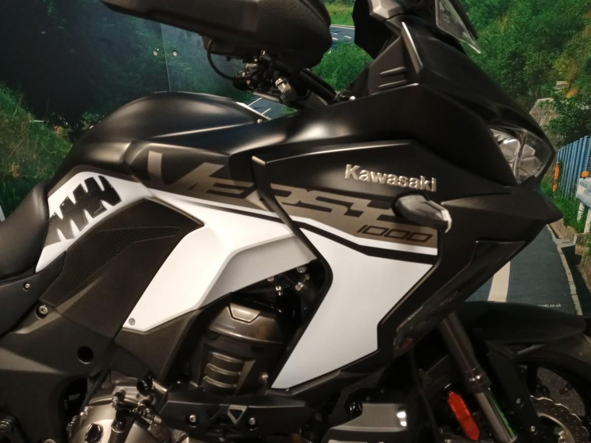 KAWASAKI KLZ1000 DKF SE VERSYS GT 2019