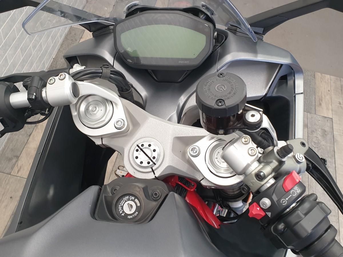 Ducati Supersport 2020