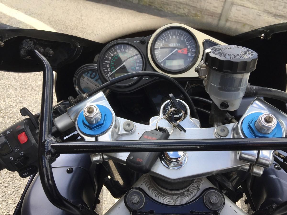 Kawasaki ZX-6R  ZX600G2 2000
