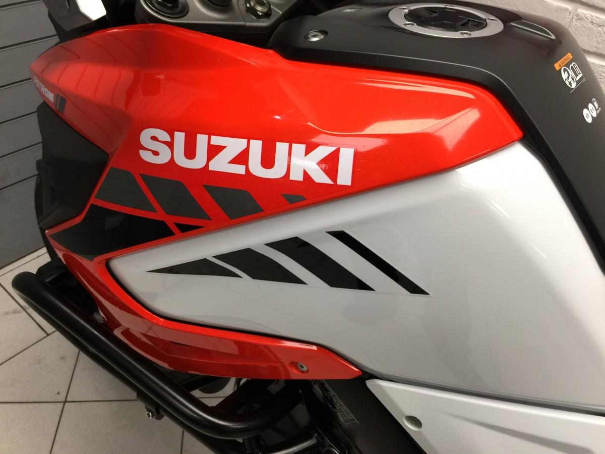 SUZUKI DL1050 XT RC V- STROM 2020