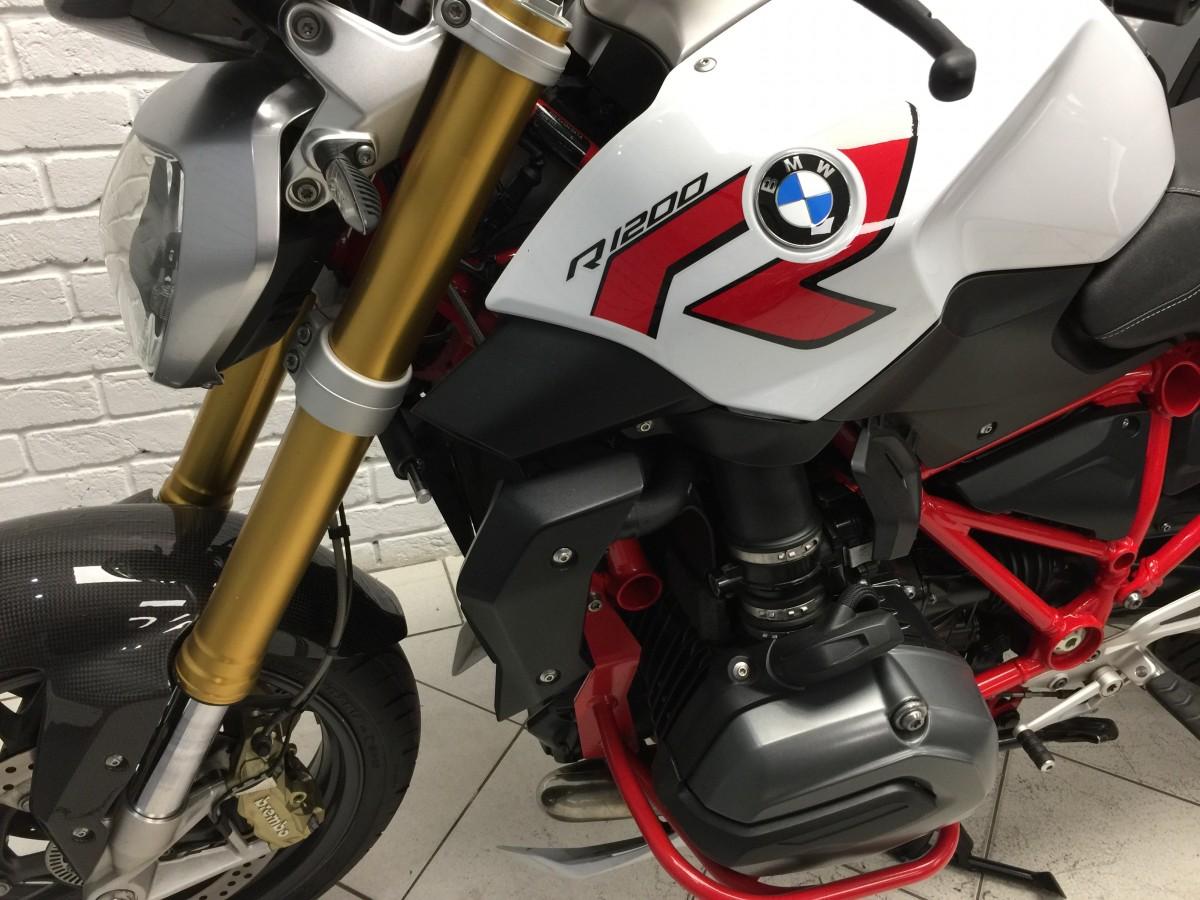 BMW R1200R SPORT 2015