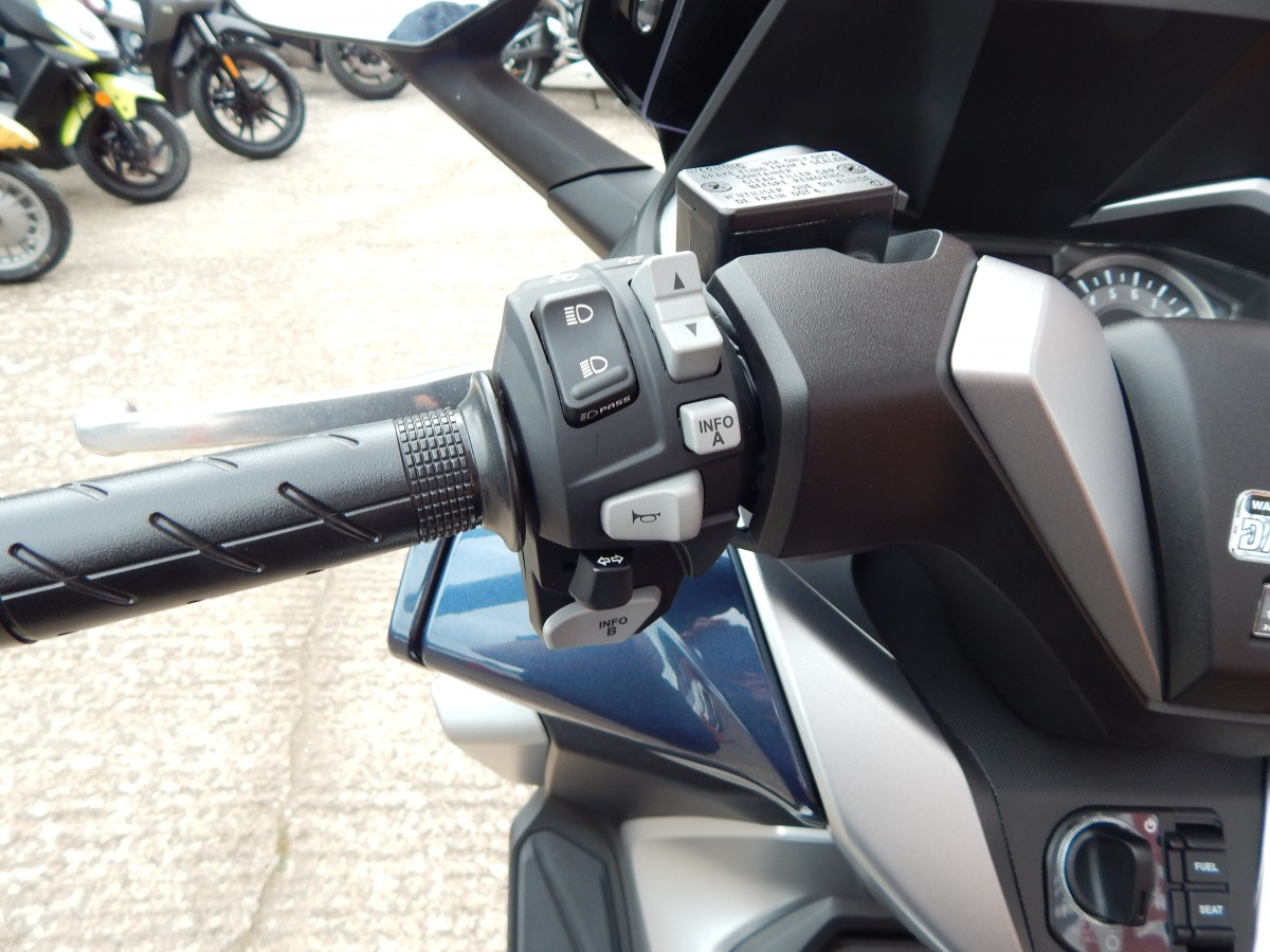 HONDA FORZA NSS 300 A-K ABS SCOOTER 2019