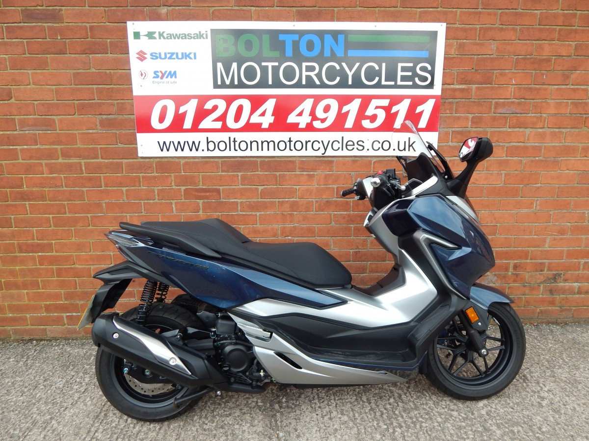 Buy Online HONDA FORZA NSS 300 A-K ABS SCOOTER