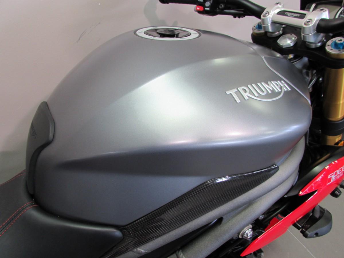 Triumph SPEED TRIPLE R 1050 2017