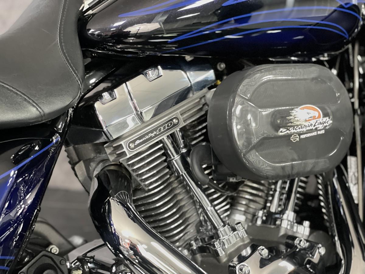 Harley Davidson FLHXSE CVO Street Glide 2016