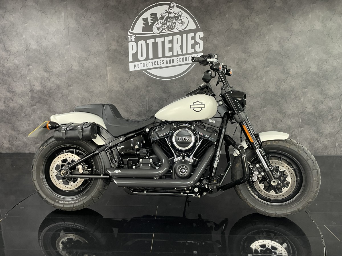 Buy Online Harley Davidson FXFB FAT BOB 1745 19