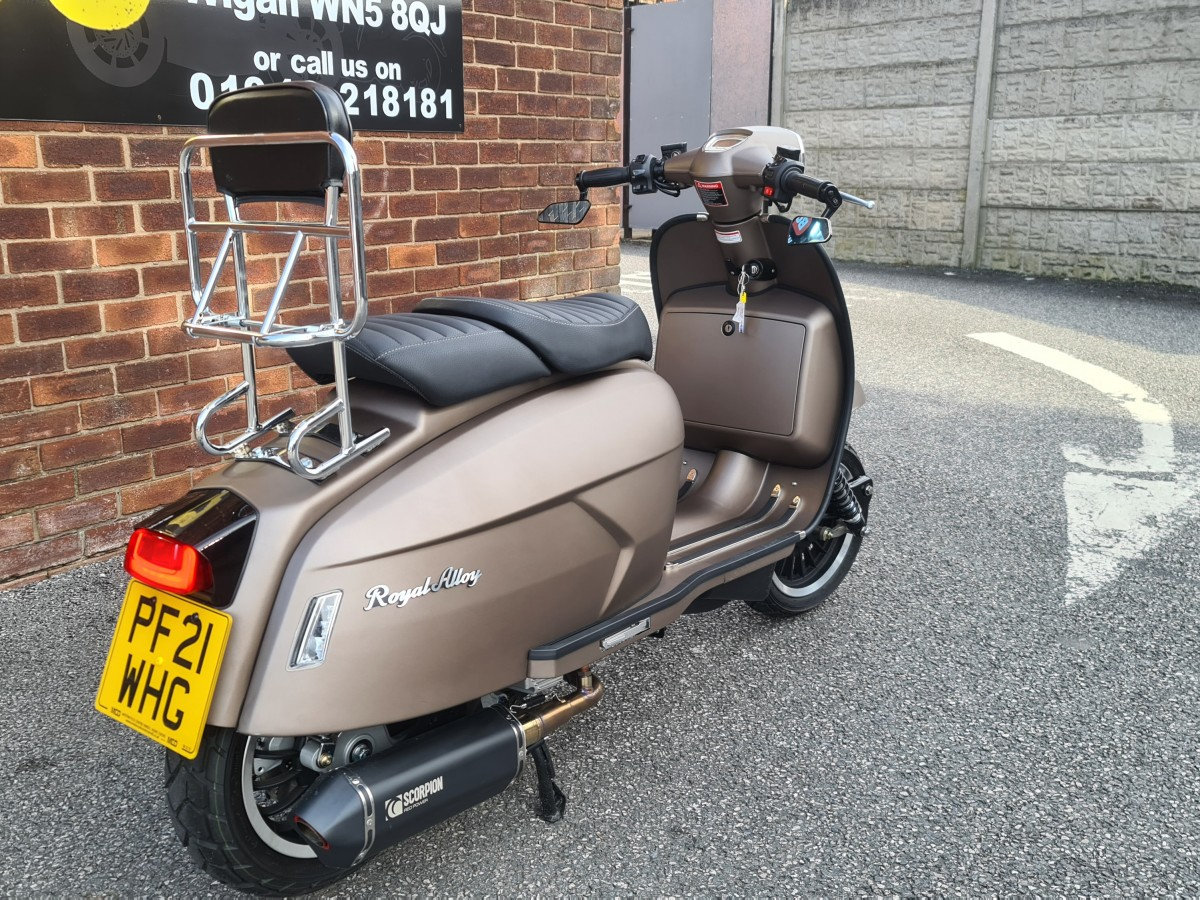 ROYAL ALLOY GP200 LC 2020