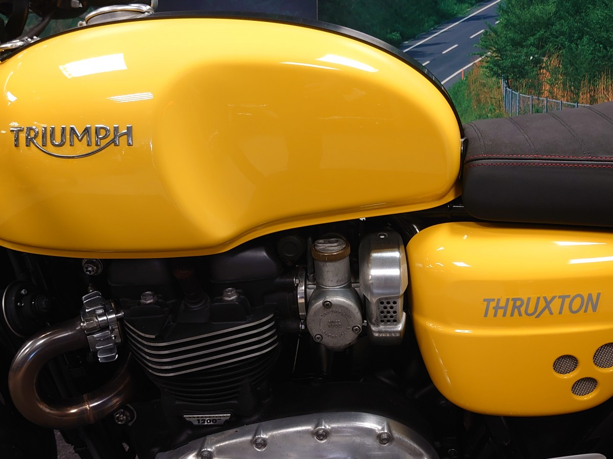 TRIUMPH THRUXTON 1200 2016
