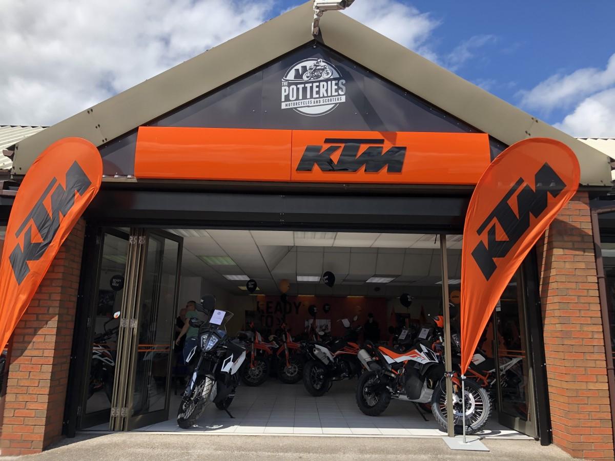 KTM 1290 Super Adventure S Potteries Special 2021
