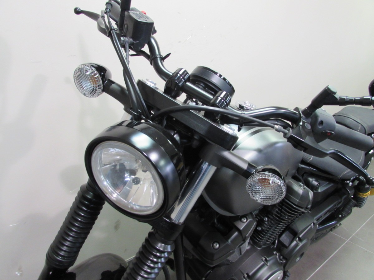 Yamaha XV950R 2016