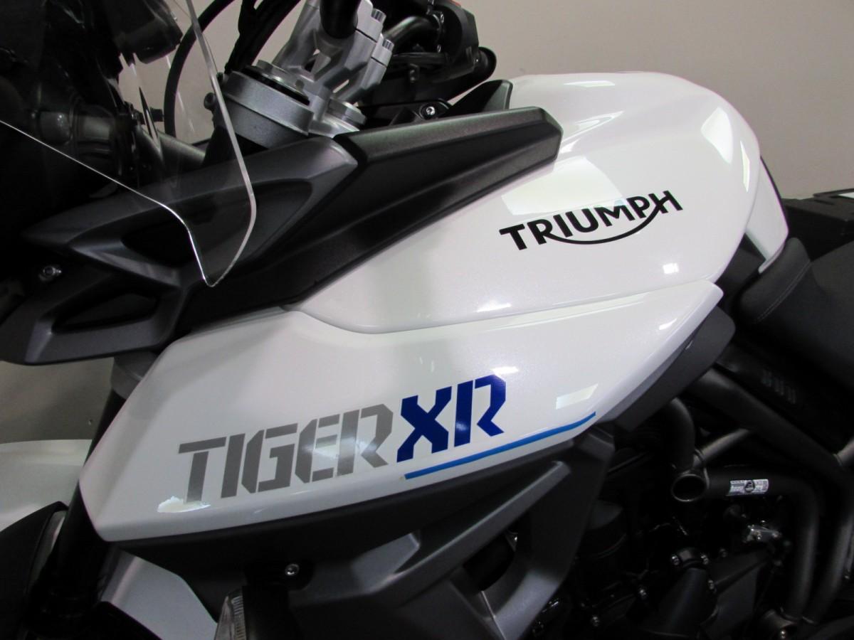 Triumph Tiger 800 XR 2015