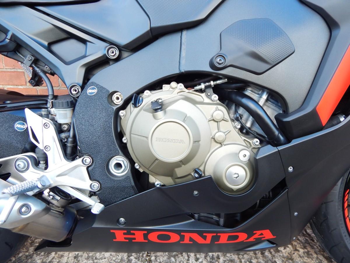 HONDA CBR-1000RA-J 2018