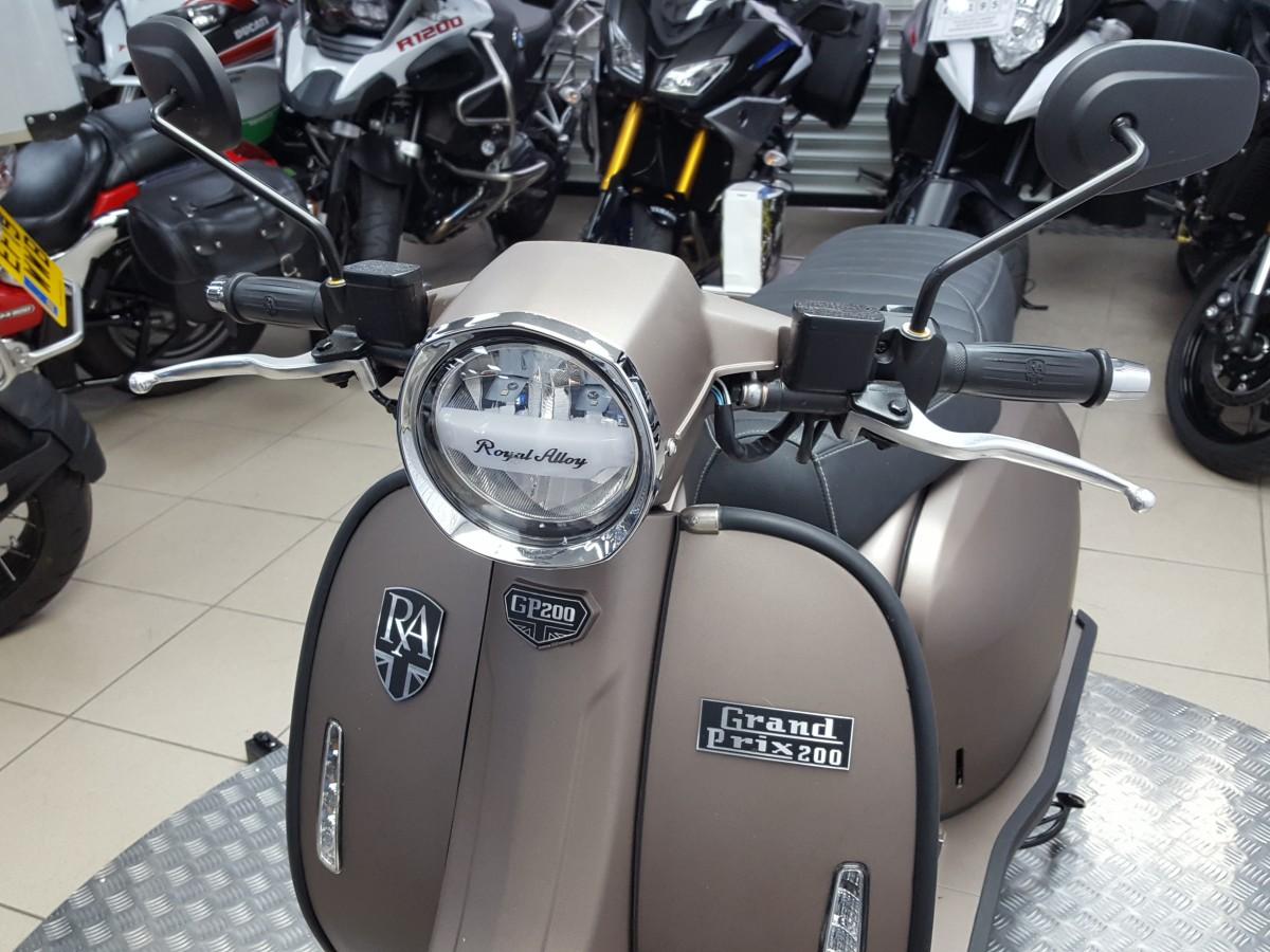 ROYAL ALLOY GP 200 LC 2021