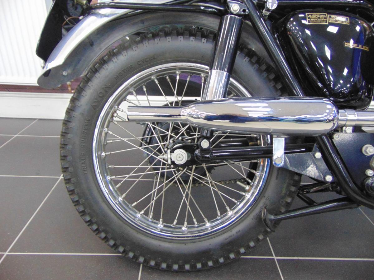 Triumph Bonneville T120C 1964