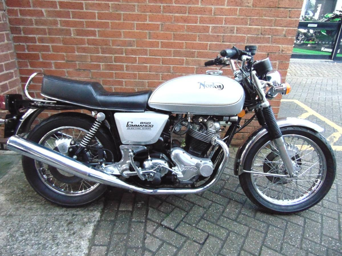 Buy Online Norton 850 Commando