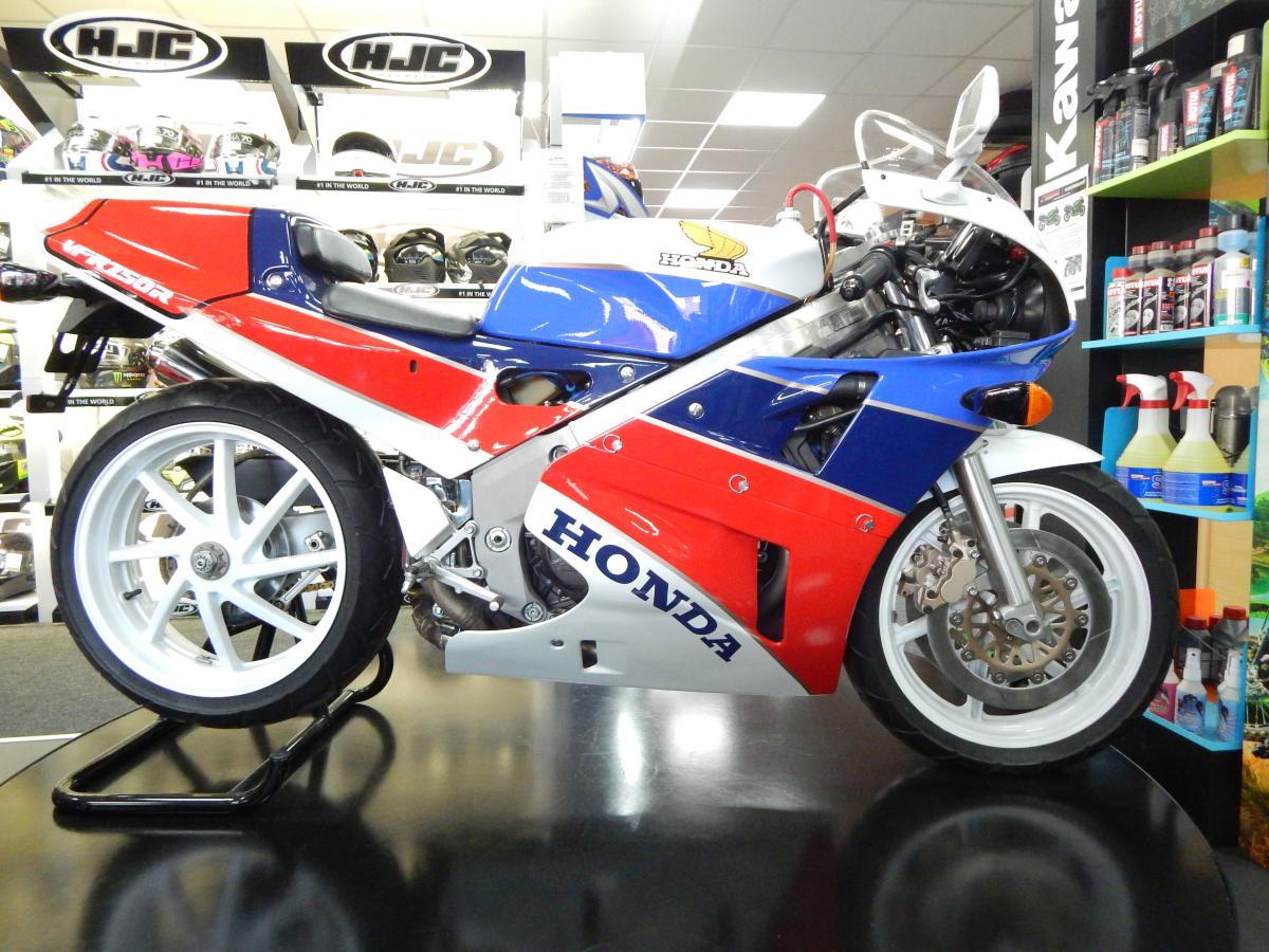 Buy Online Honda VFR750 R-K