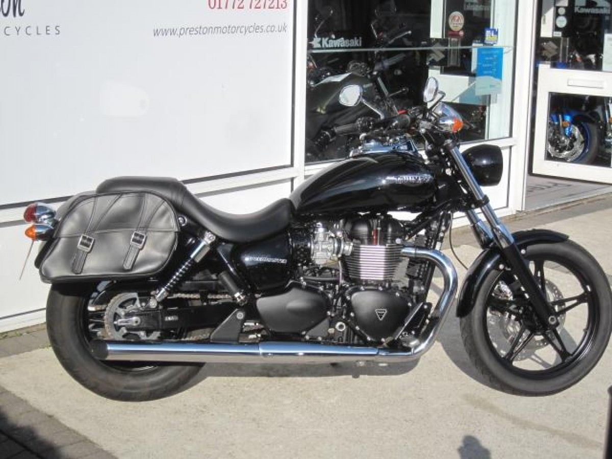TRIUMPH SPEED MASTER 865 2016
