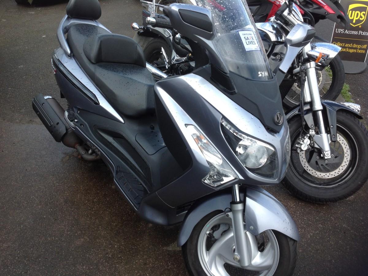 SYM LM25 GTS EVO 300i 2012