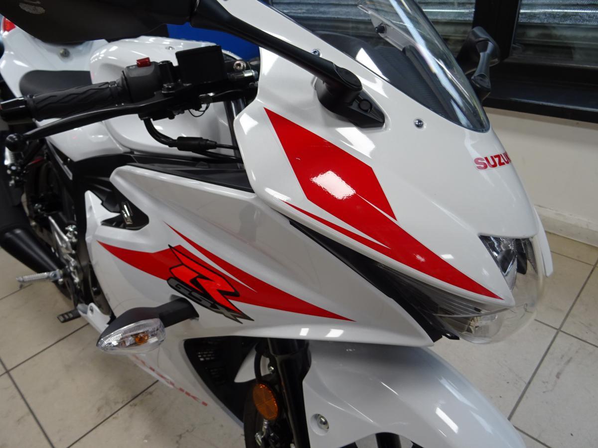 Suzuki GSX-R125 AL8 2019