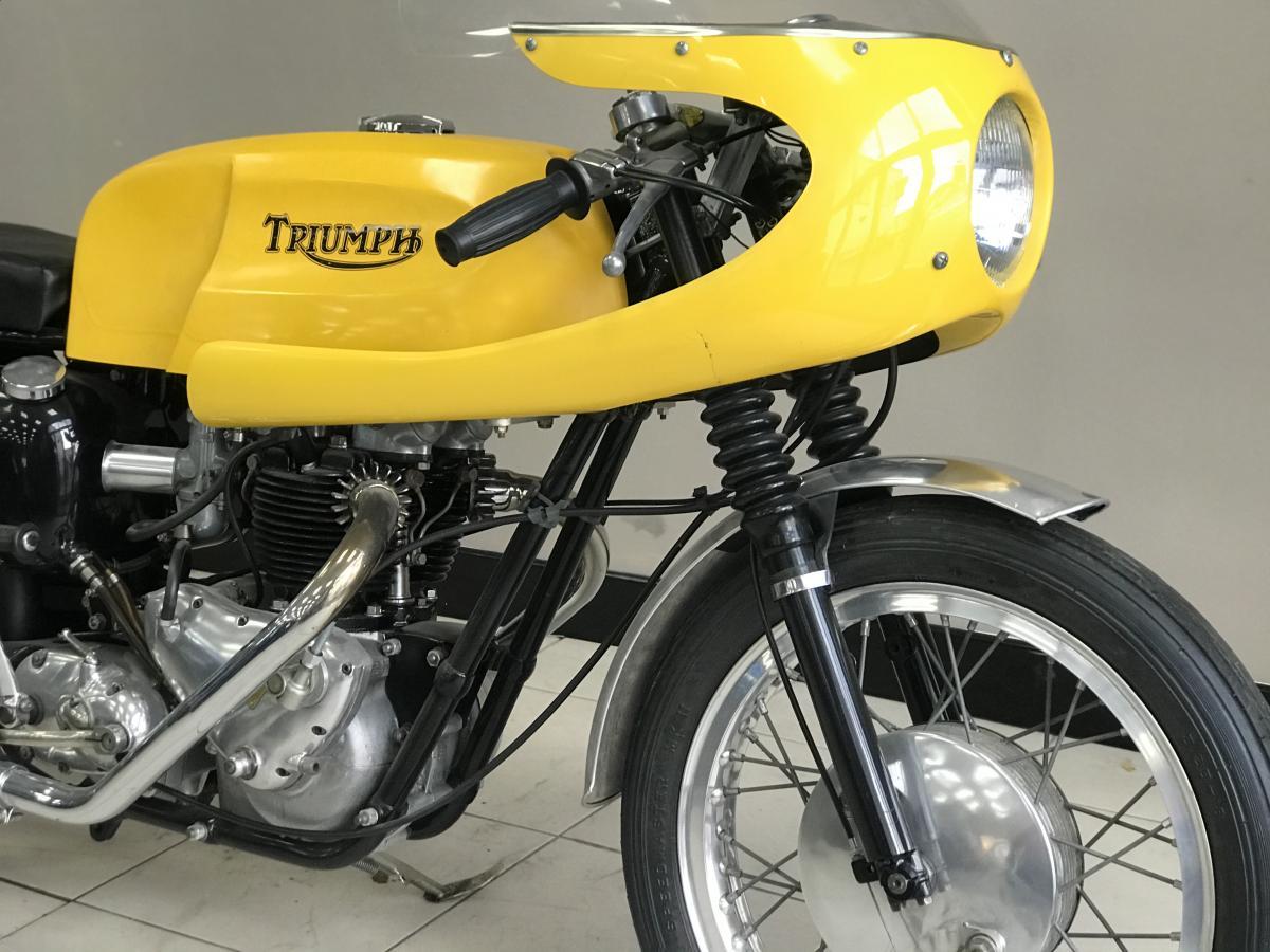 TRIUMPH THUNDERBIRD 1961