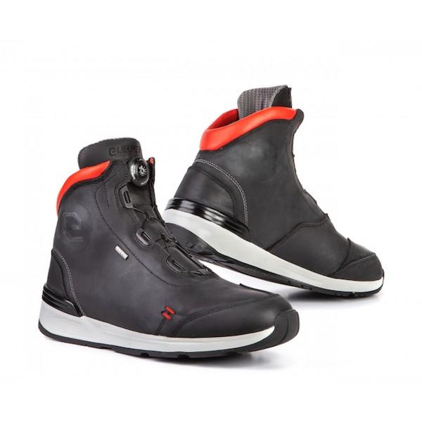 Eleveit Versus Waterproof Leather Boots Black