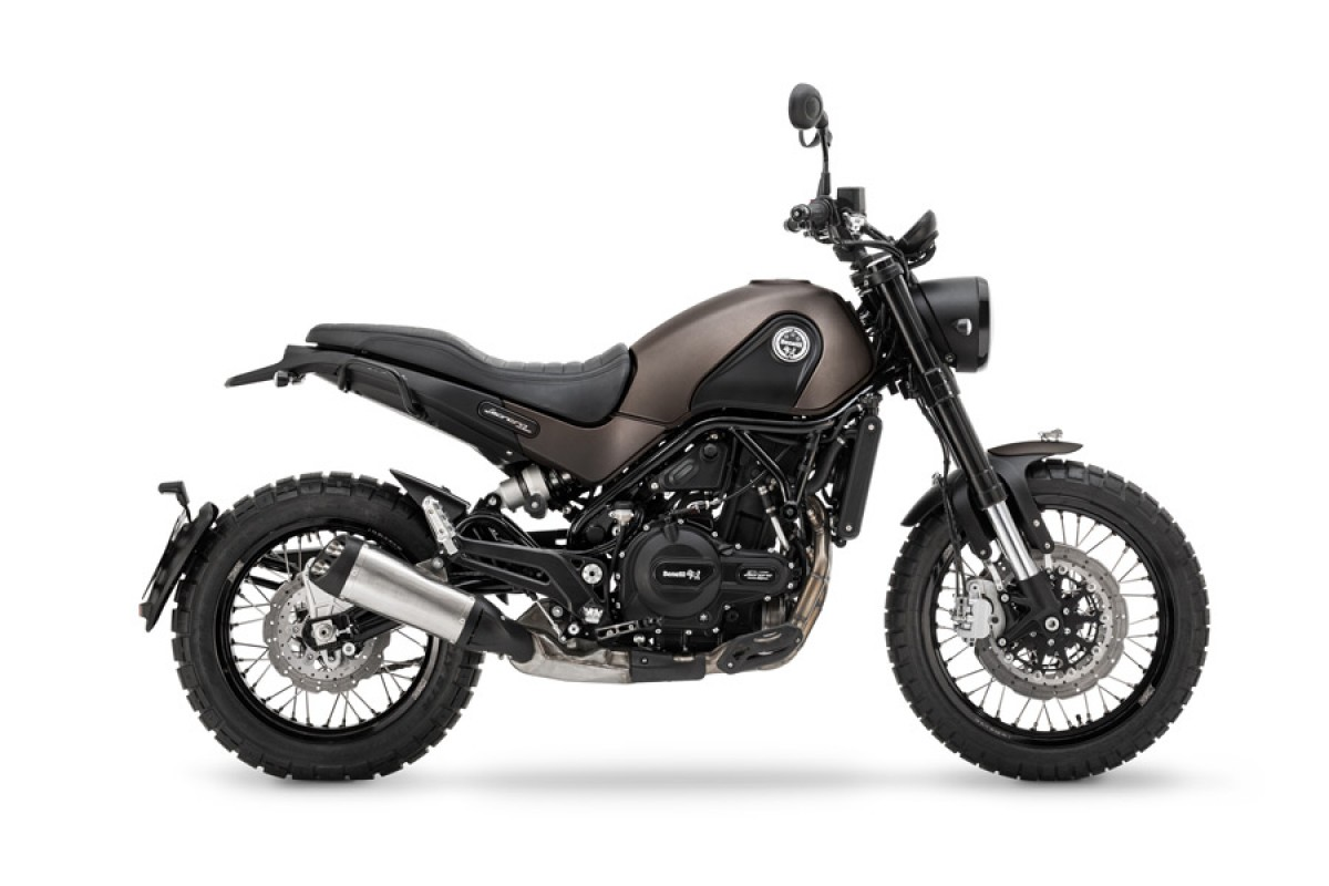 Benelli Leoncino Trail in Stock