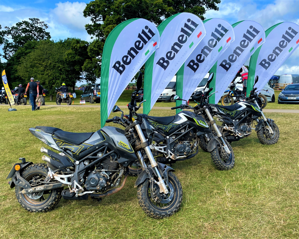 2020 - TnT125 - SuperFast Green - Yes Please!