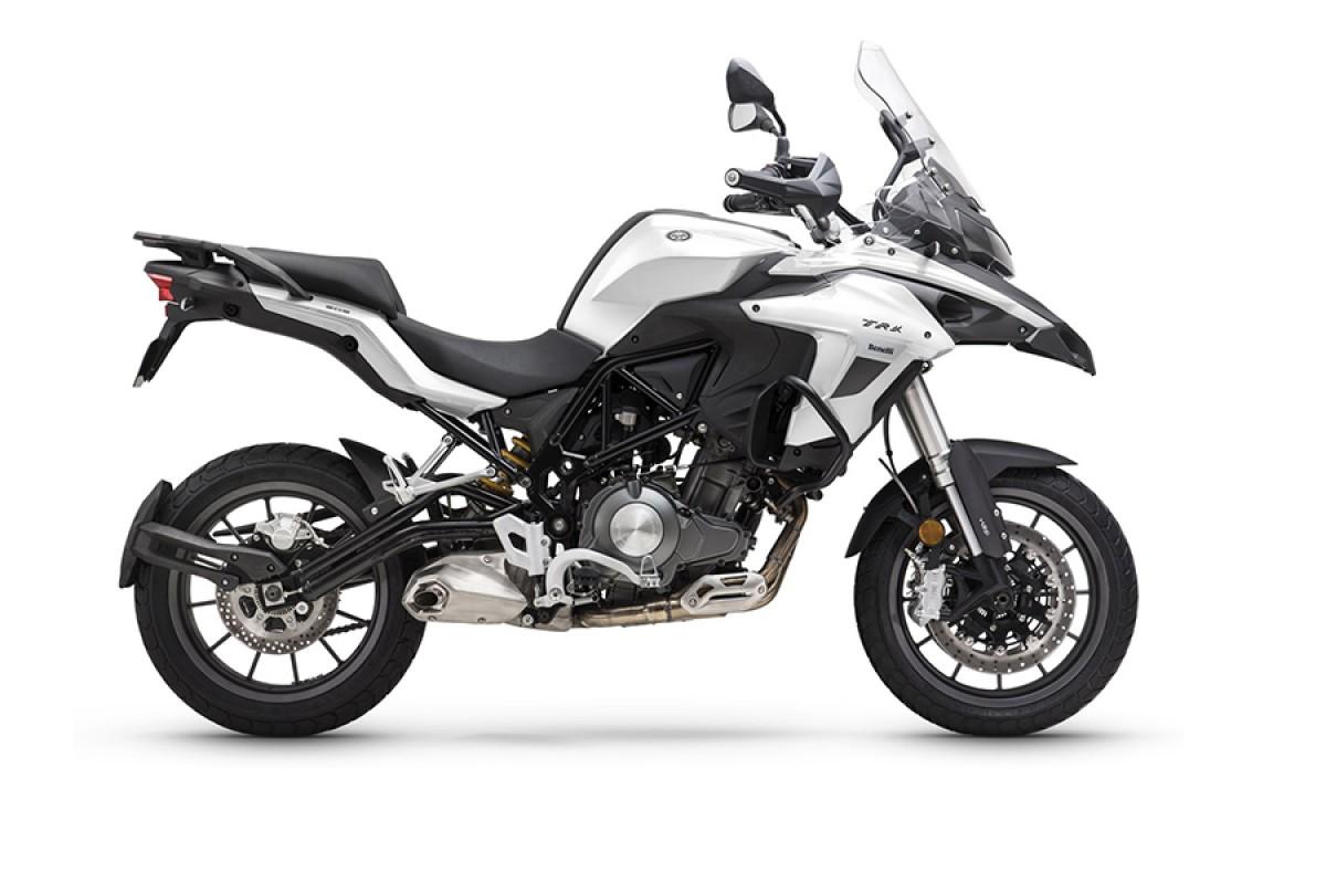 White TRK 502