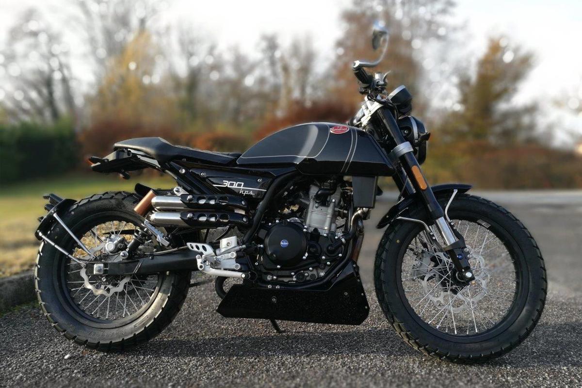F.B Mondial HPS 300