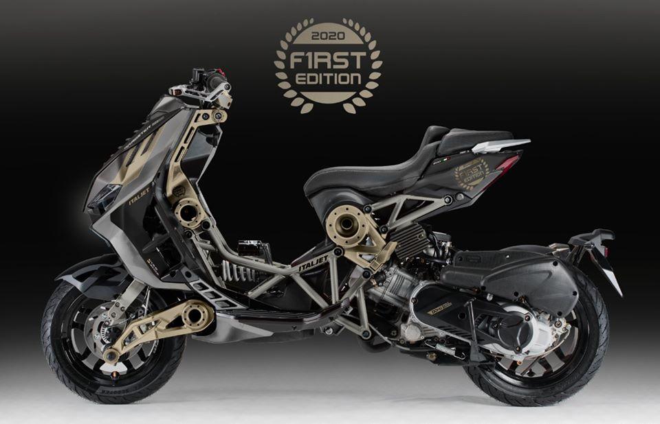 Black/Magnesium Gold Dragster 125cc