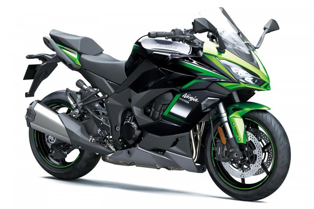 Emerald Blazed Green / Metallic Diablo Black / Metallic Graphite Grey Ninja 1000SX ZX1002KMFAN GN1