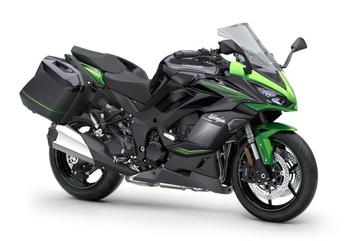 Emerald Blazed Green / Metallic Diablo Black / Metallic Graphite Grey Ninja 1000SX Tourer