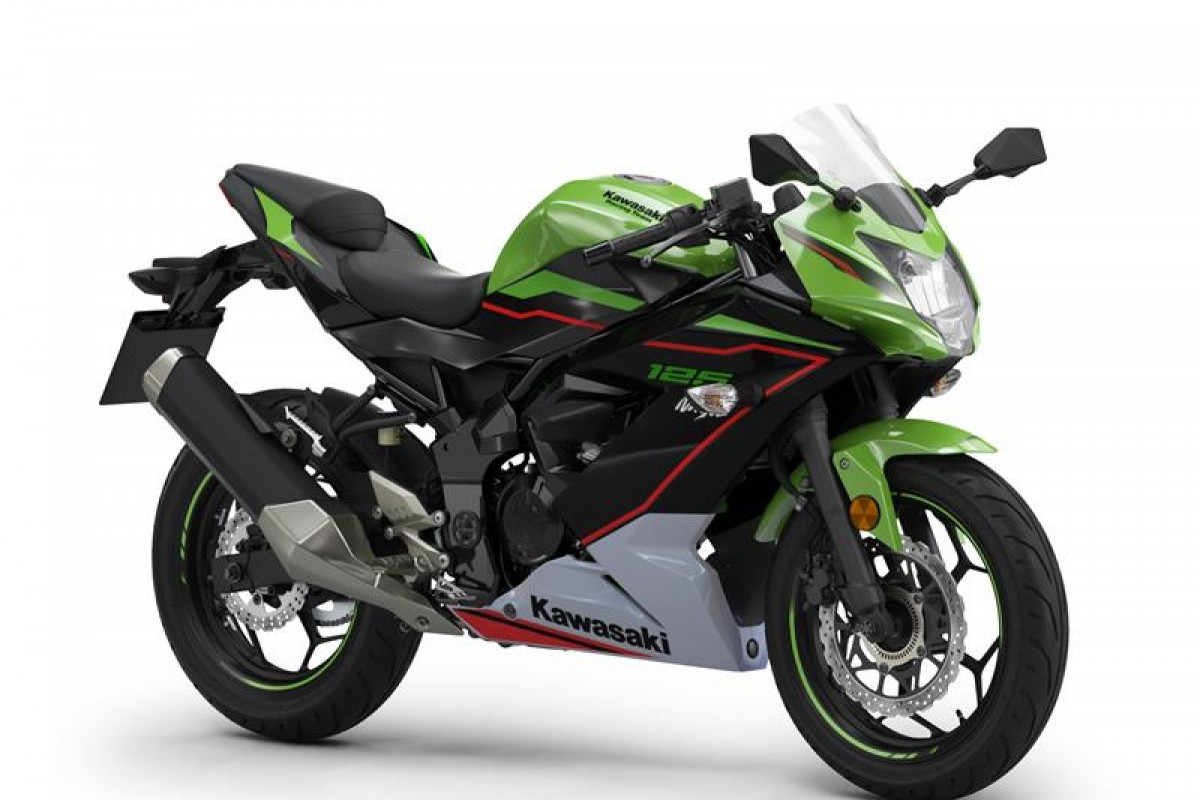 Lime Green / Ebony / Pearl Blizzard White Ninja 125
