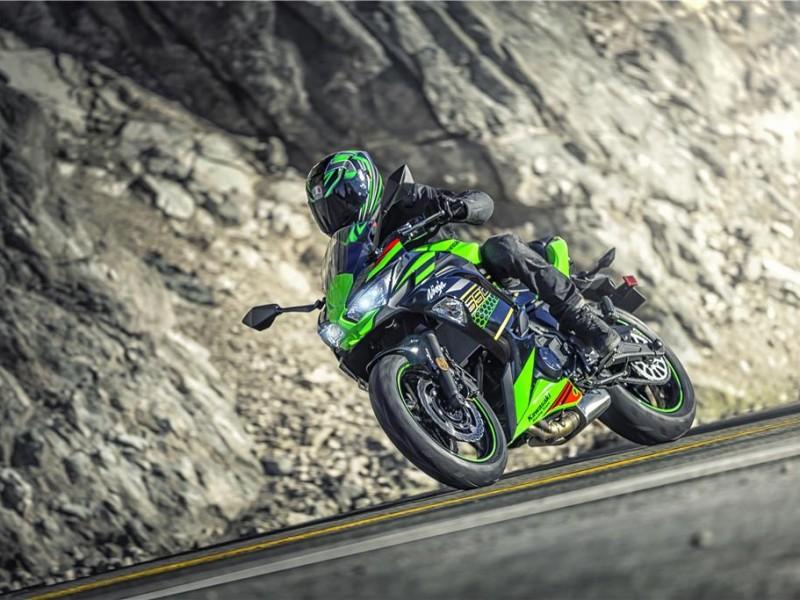 Kawasaki Ninja 650 EX650MMFAN BK2 2021