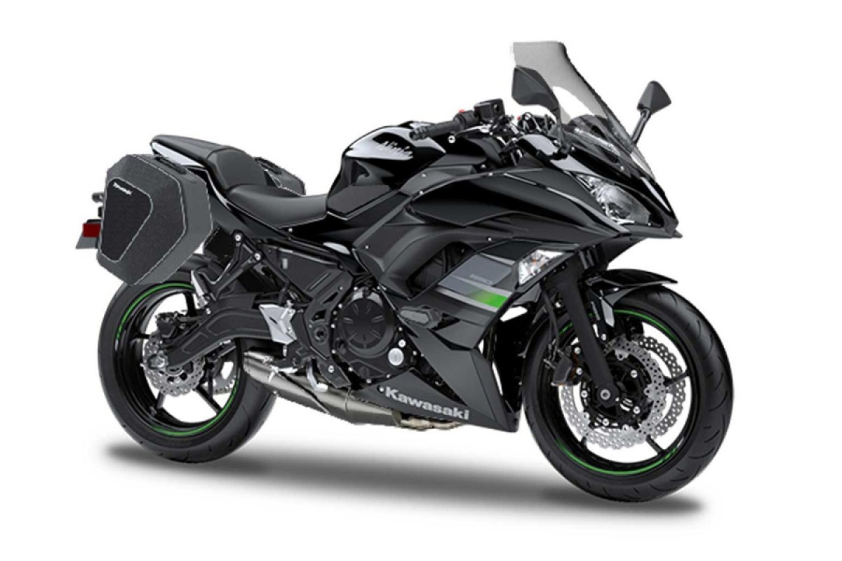 Metallic Flat Spark Black Ninja 650 Tourer