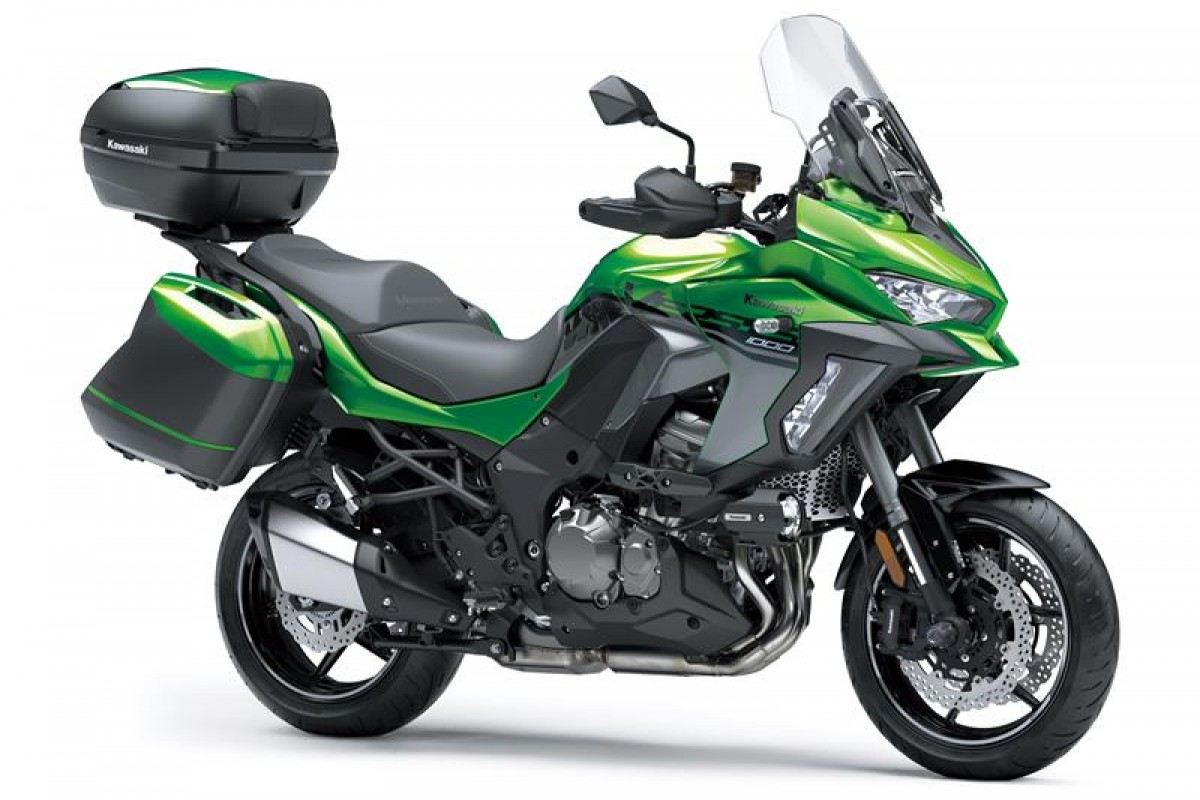 Emerald Blazed Green Grand Tourer Versys 1000 SE