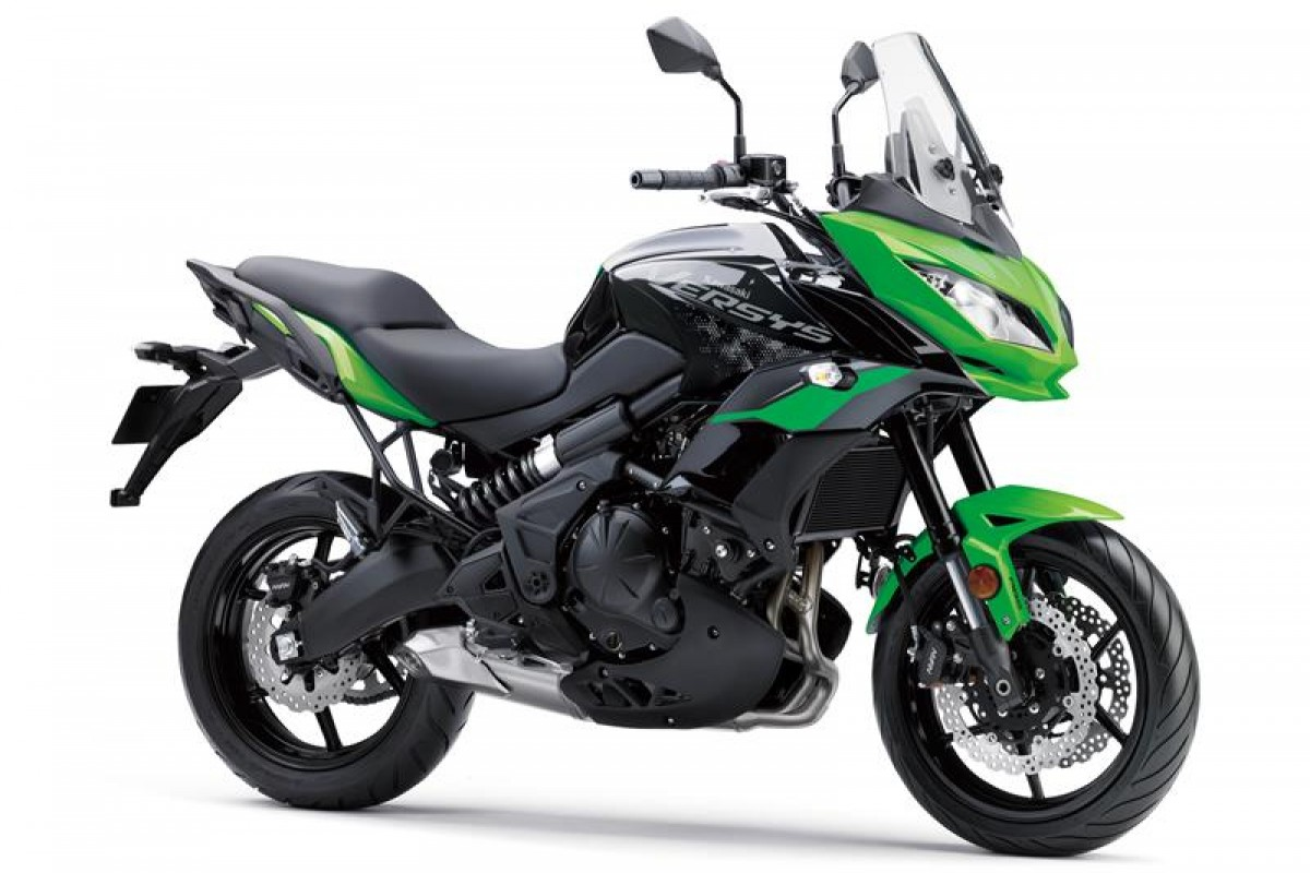 Candy Lime Green / Metallic Spark Black Versys 650