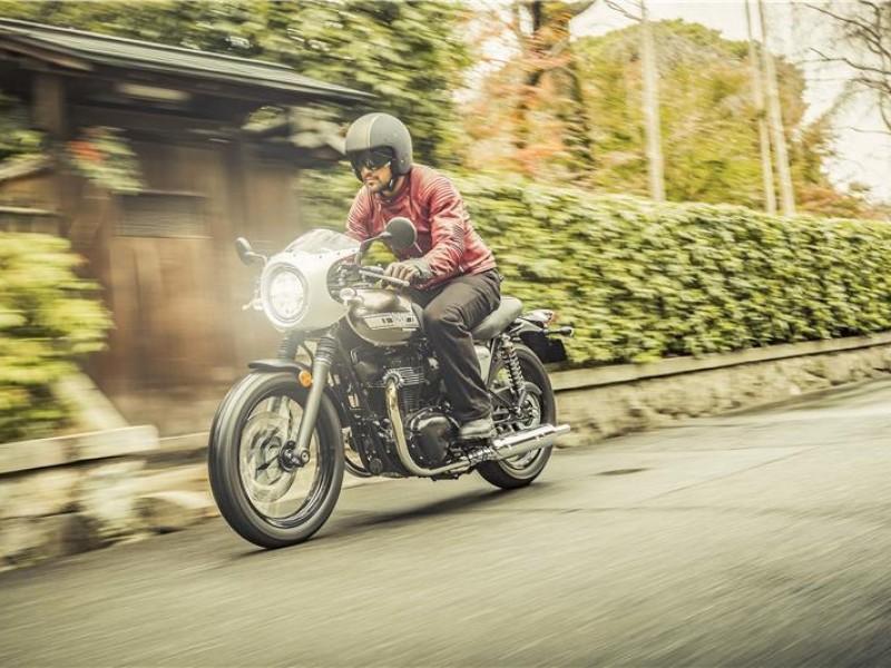 Kawasaki W800 cafe racer  EJ800CKF 2019