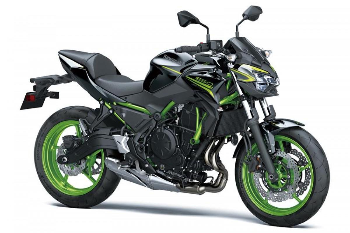Metallic Spark Black green frame Z650