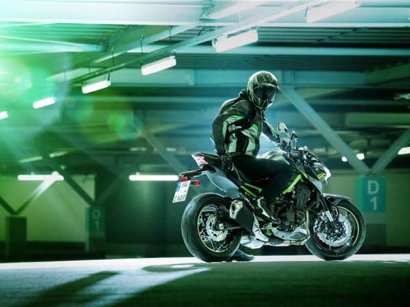 Kawasaki Z900 ZR900FMFNN WT1 2021