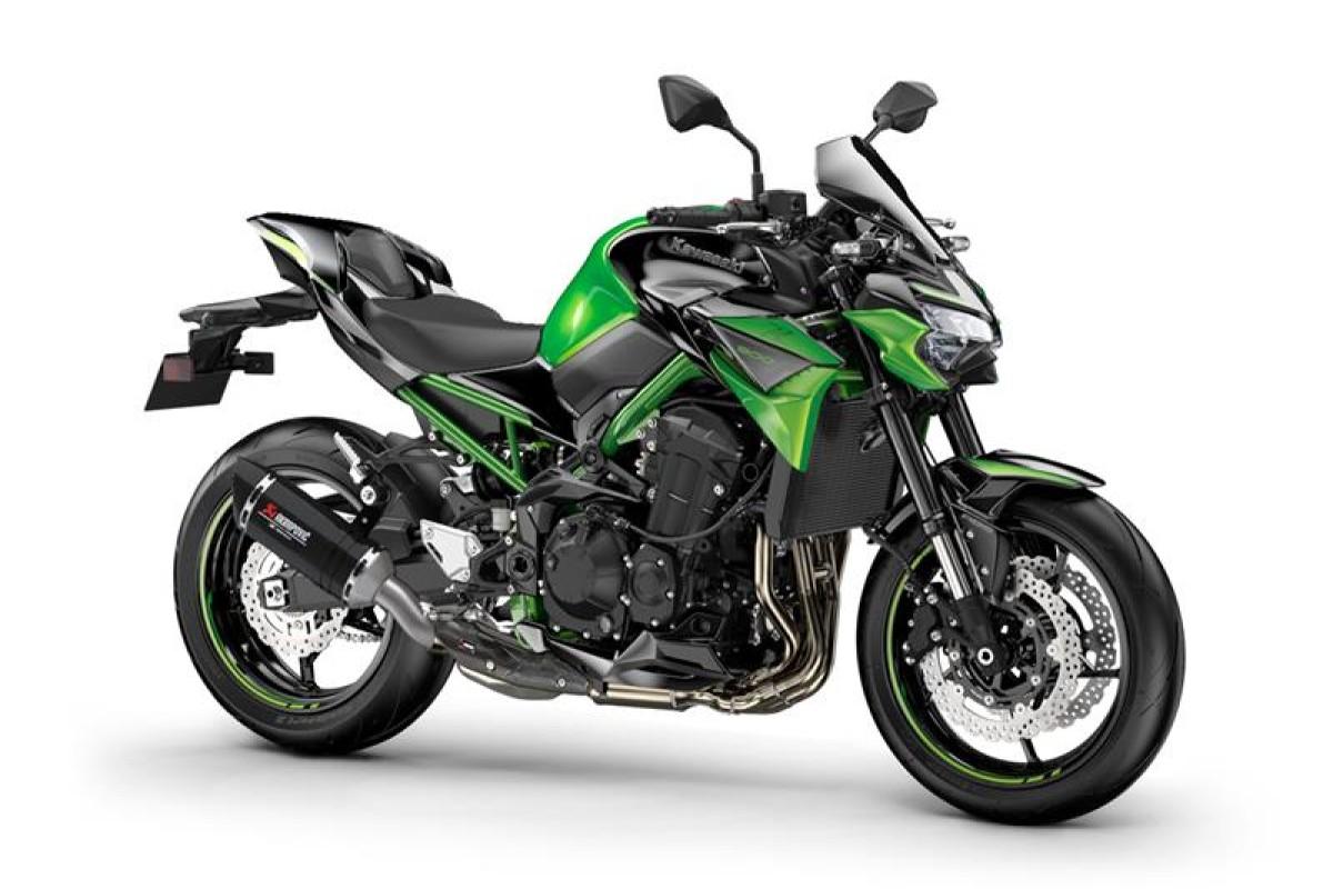 Candy Lime Green / Metallic Spark Black Z900 performance